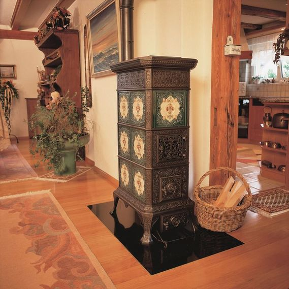 Freestanding tiled stove circa 1880 from former stove manufacturer Klus, von Roll Balsthal